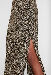 Topshop - LEOPARD CRYSTAL PLEAT - A-line skirt - brown - 4