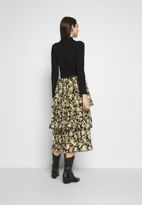 Topshop - DAISY TIERED PLEAT - A-line skirt - multi-coloured - 2