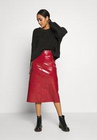 Topshop - SEAMED MIDI - A-line skirt - cherry - 1