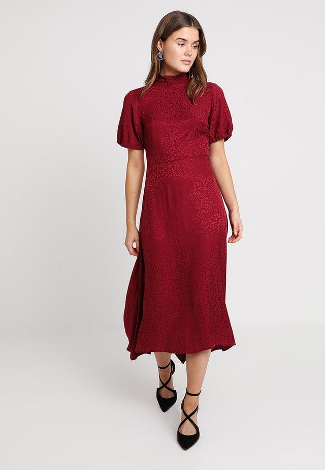 JACQ HANKY - Korte jurk - burgandy
