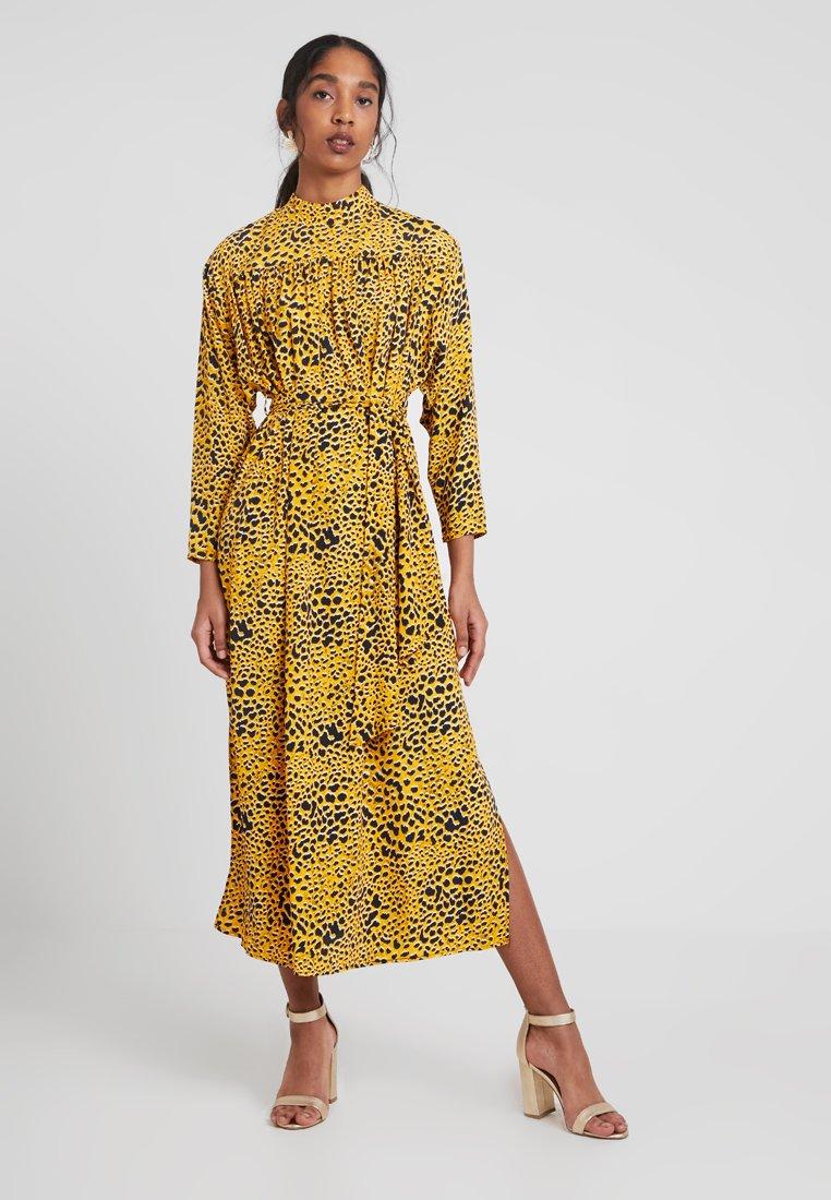 Topshop - PYTHON - Robe longue - gold