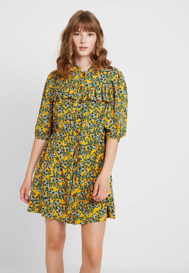 Topshop - FLORAL PLEAT TRIM MINI - Abito a camicia - yellow
