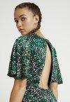 Topshop - MINI AUSTIN DRESS - Freizeitkleid - green