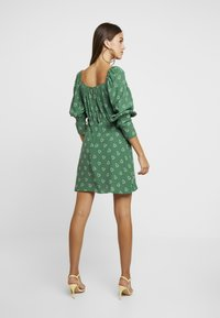 Topshop - PRAIRIE FLIPPY DRESS - Vestito estivo - green - 3