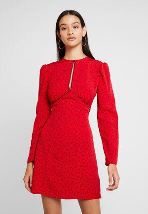 PIPED KEYHOLE MINI - Day dress - red