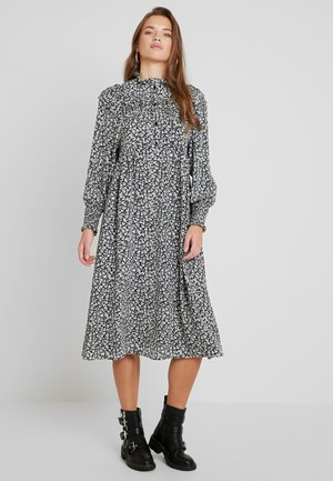 PINTUCK SMOCK - Shirt dress - mono