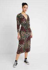 Topshop - TIE SMOCK - Vestido informal - multi-coloured - 0