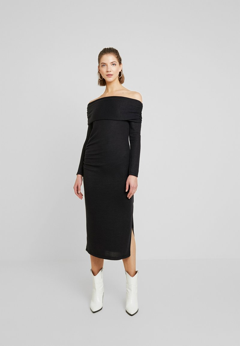 Topshop - CUT AND SEW BARDOT DRESS - Pletené šaty - black
