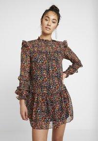 Topshop - DISTY PINTUCK CHUCKON - Denní šaty - multi - 3