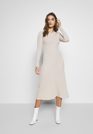 OPEN BACK CUT MIDI - Jumper dress - oat