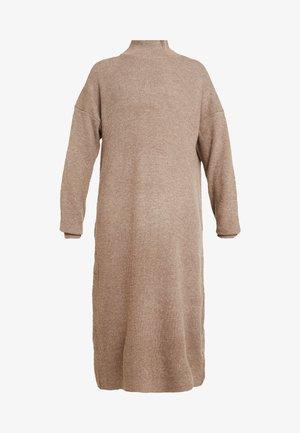DRESS - Robe pull - mink