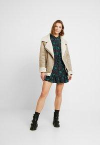 Topshop - TIERED MINI SHIRT DRESS - Shirt dress - mono - 2