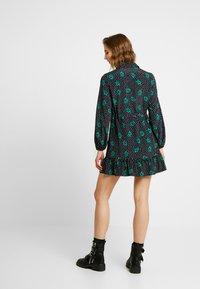 Topshop - TIERED MINI SHIRT DRESS - Shirt dress - mono - 3