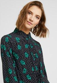 Topshop - TIERED MINI SHIRT DRESS - Shirt dress - mono - 4