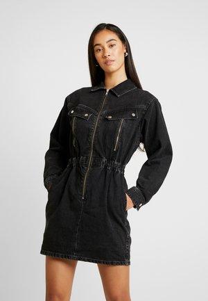 ZIP SHIRT DRESS - Jeanskjole / cowboykjoler - black denim
