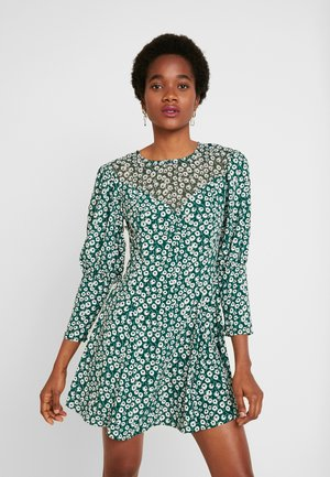 GRUNGE TWIST - Day dress - green