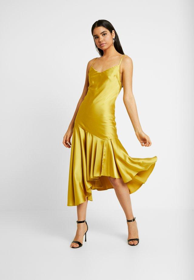 BIAS SLIP - Vestito elegante - chartruse