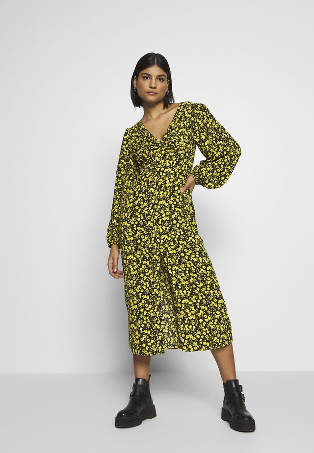 TWIST FRONT - Korte jurk - yellow