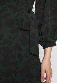 Topshop - DRAMA SLEEVE WRAP - Robe d'été - black - 5