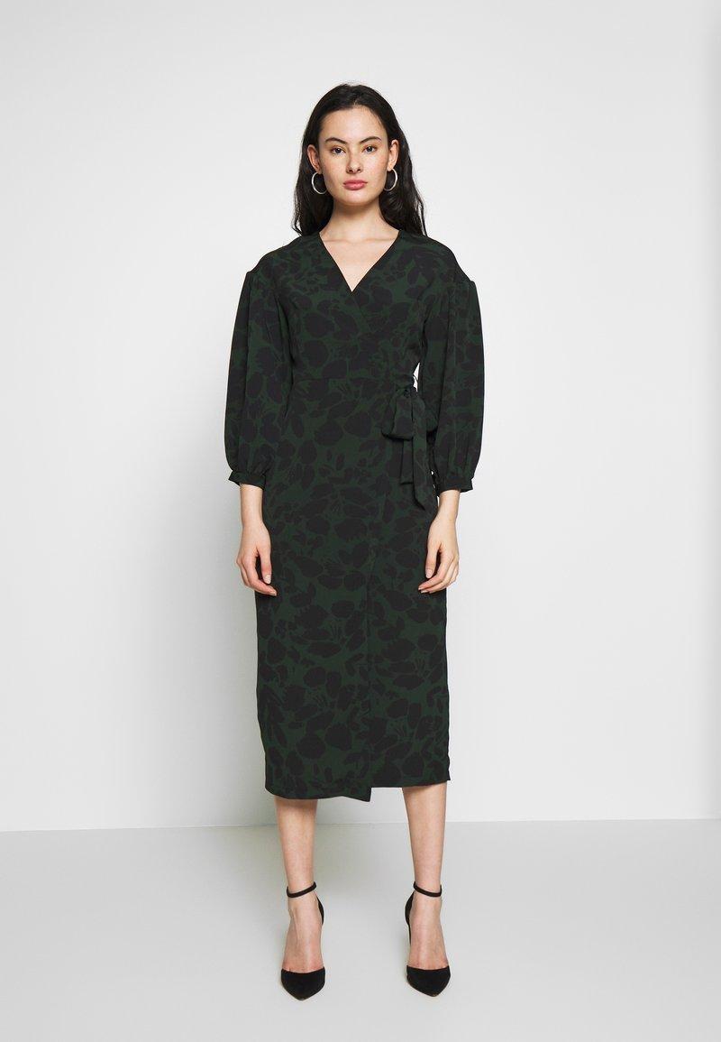 Topshop - DRAMA SLEEVE WRAP - Robe d'été - black