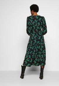 Topshop - NEW TWIST AUSTIN - Robe d'été - green - 2
