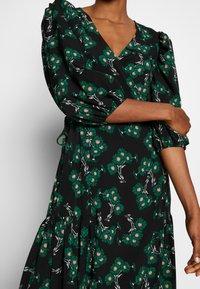 Topshop - NEW TWIST AUSTIN - Robe d'été - green - 4