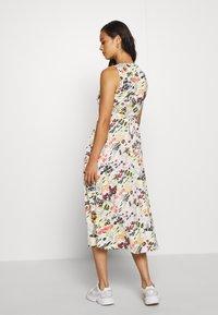Topshop - MIDSUMER BUTTON THROUGH - Korte jurk - beige - 2