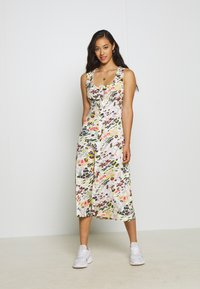 Topshop - MIDSUMER BUTTON THROUGH - Korte jurk - beige - 1