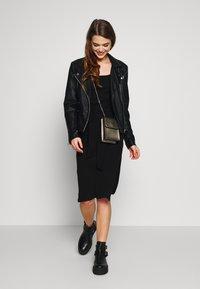 Topshop - BODYCON - Pouzdrové šaty - black - 1
