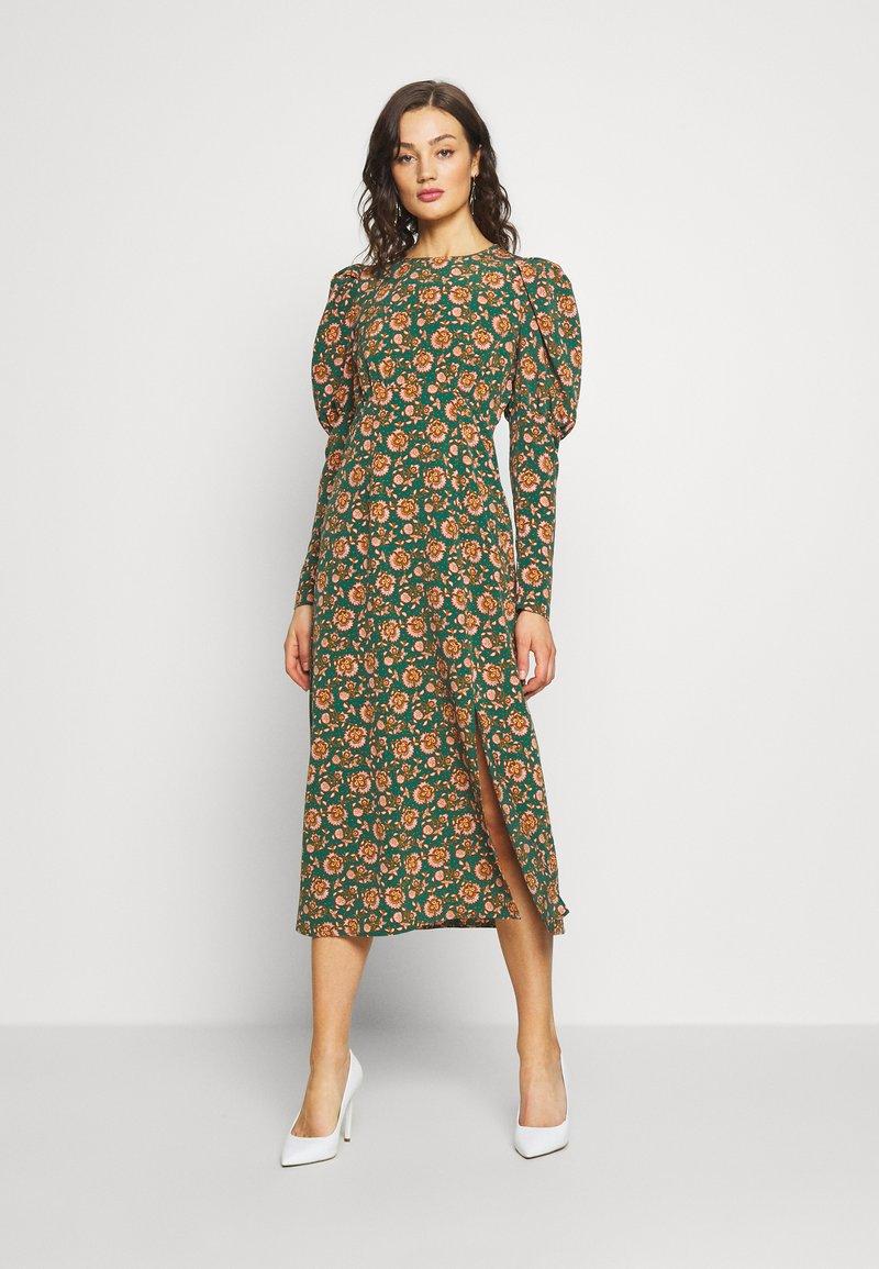 Topshop - EMPIRE WAIST - Sukienka koktajlowa - green