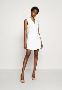 Topshop - SLEEVELESS BELTED DRESS - Korte jurk - ivory - 1