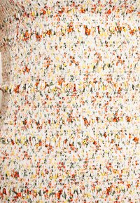Topshop - SHIRRED BARDOT MINI DRESS - Sukienka letnia - ivory - 2
