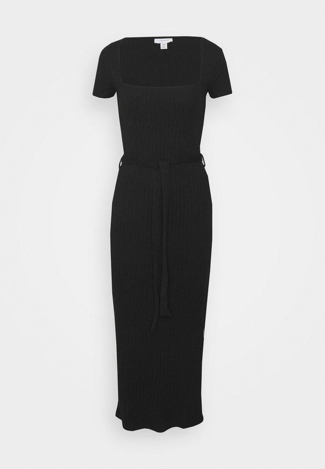 SQUARE NECK MIDI DRESS - Fodralklänning - black