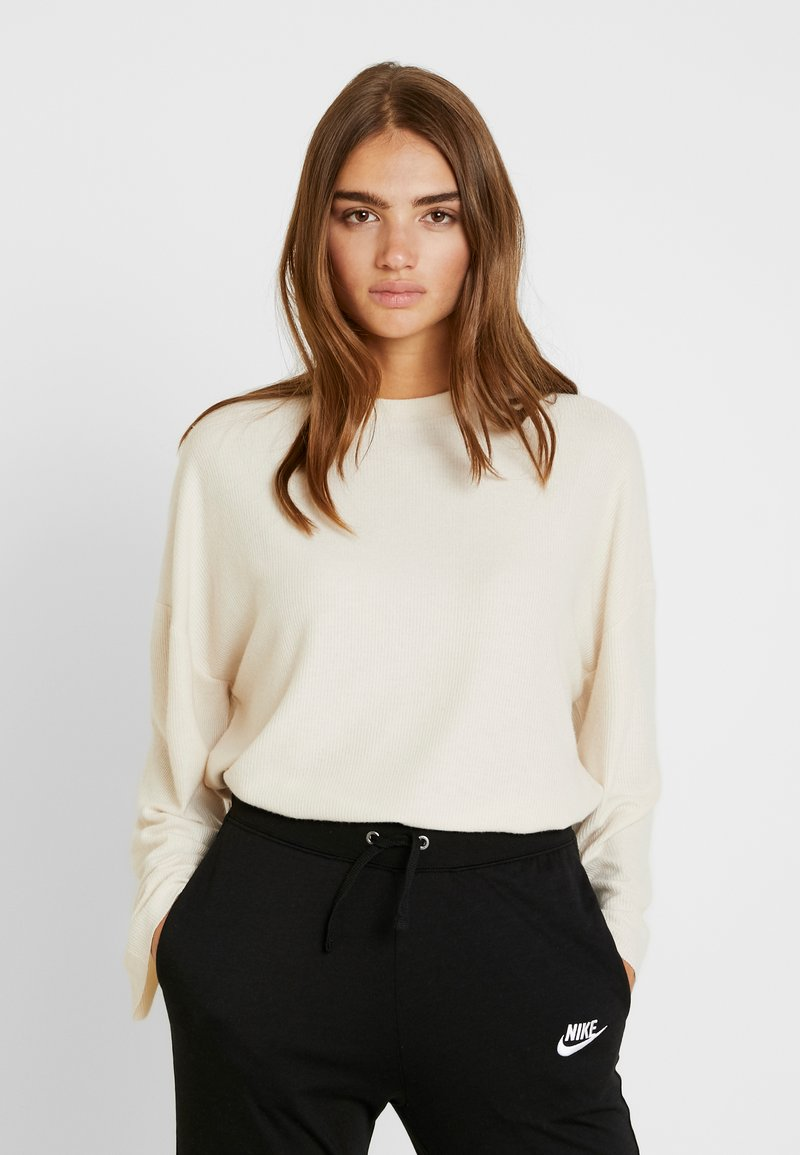Topshop - BRUSHED - Strickpullover - off-white