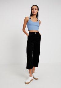 Topshop - BUCKLE CROP - Top - blue - 1