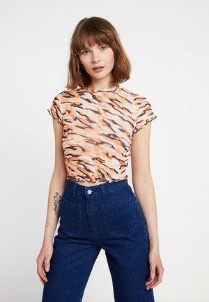 LETTUCE TIGER - Camiseta estampada - orange