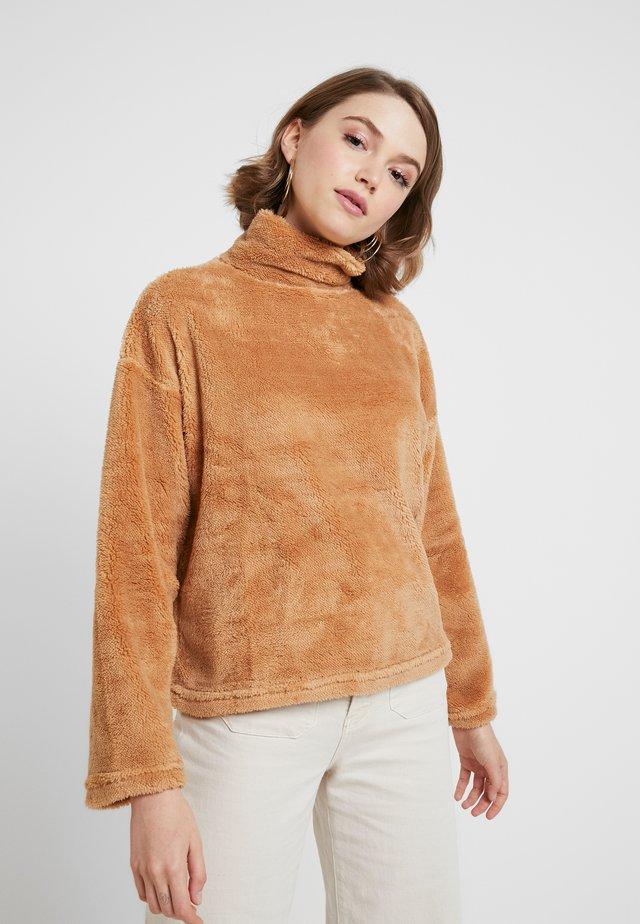 JUMPER - Stickad tröja - tan