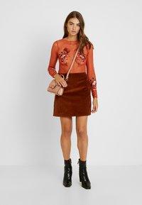 Topshop - APPLIQUE - Långärmad tröja - burgundy - 1