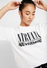 Topshop - NIRVANA - T-shirt imprimé - white - 4