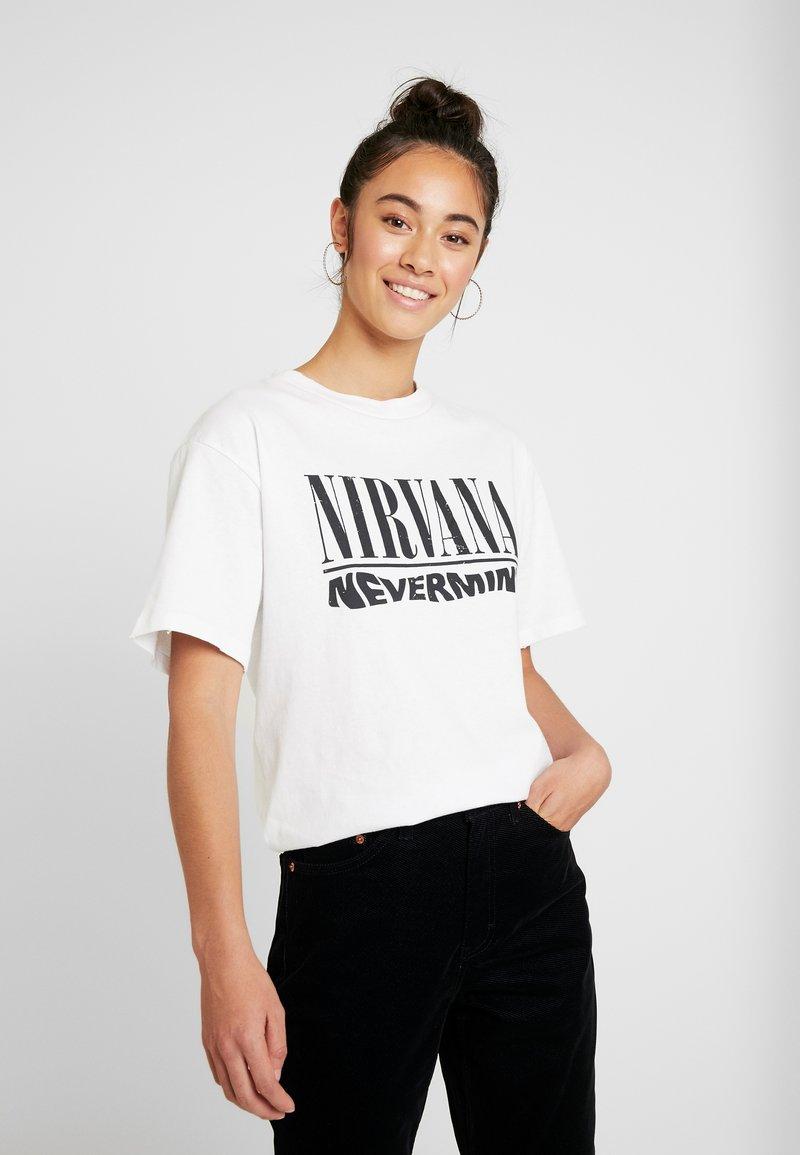 Topshop - NIRVANA - T-shirt imprimé - white