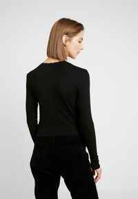 Topshop - POINTELLE 2 PACK - Long sleeved top - black/white - 3