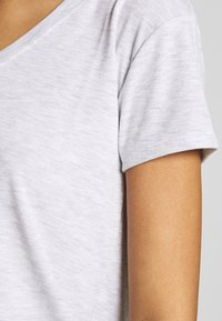 Topshop - Camiseta estampada - grey - 5