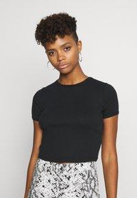 Topshop - SCALLOP TEE - T-shirt print - black - 0