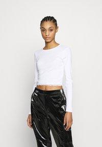 Topshop - 2 PACK HEM - Camiseta de manga larga - black/white - 2