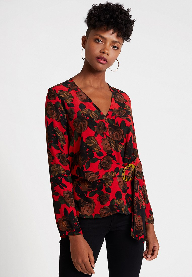 Topshop - ROSE BUCKLE BLOUSE - Bluse - red