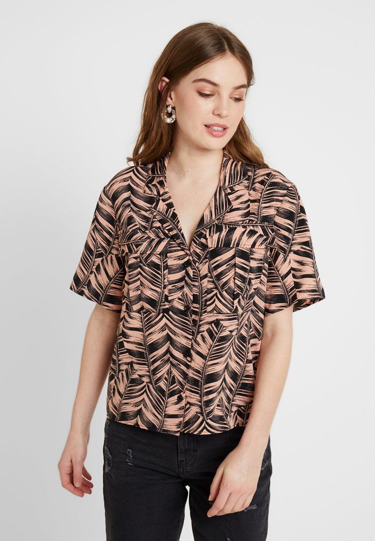 Topshop - PALM BOWLER - Chemisier - pink