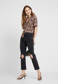 Topshop - PALM BOWLER - Chemisier - pink - 1