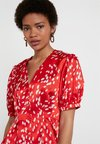Topshop - SPOT PRINTED PLEAT - Bluse - red