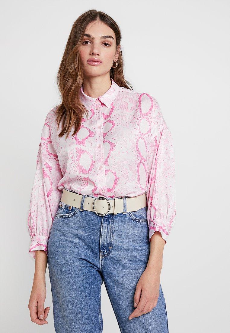 Topshop - SNAKE - Hemdbluse - pink