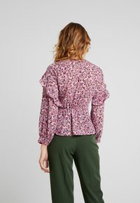 Topshop - DITSY FLORAL FRILL - Pusero - pink - 2
